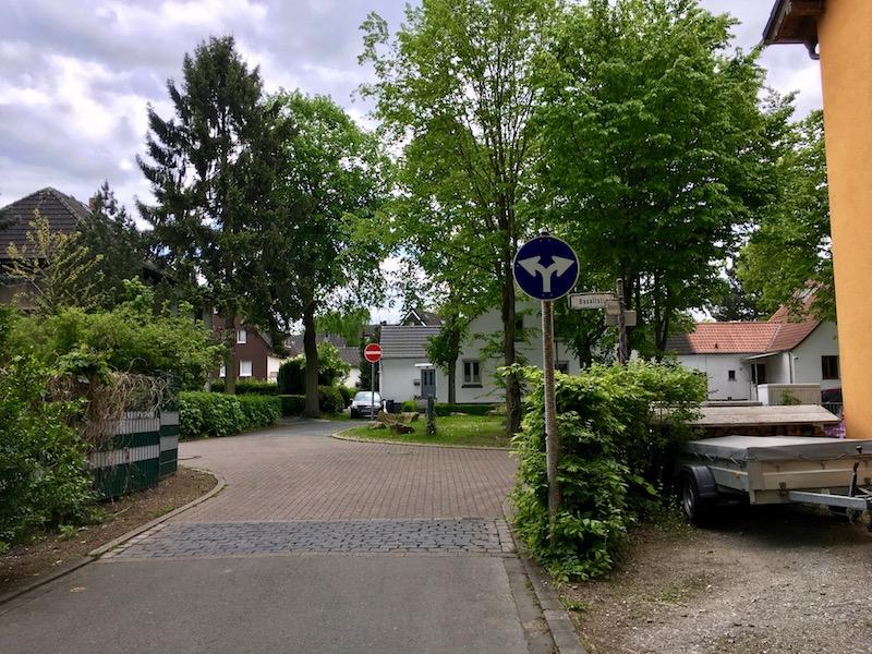 Datei:Granitstraße Basaltstraße Thorsten Schmidt 20170509.jpg