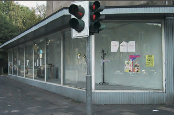 Datei:Hauptstraße 300 Wolfgang Berke 2002.png