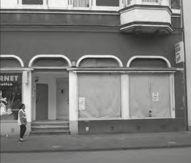 Datei:Hauptstraße 306 Wolfgang Berke 2002.png