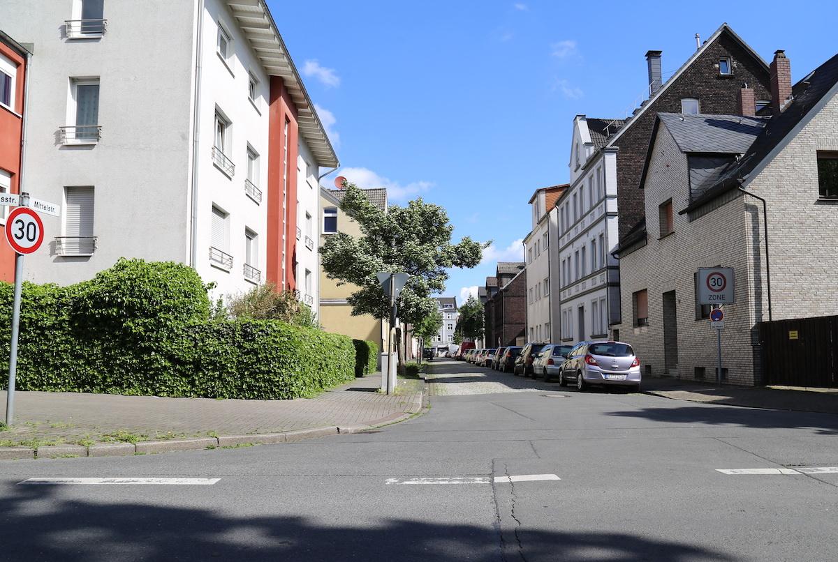 Datei:Mittelstrasse Gerd Biedermann 20170520.jpg