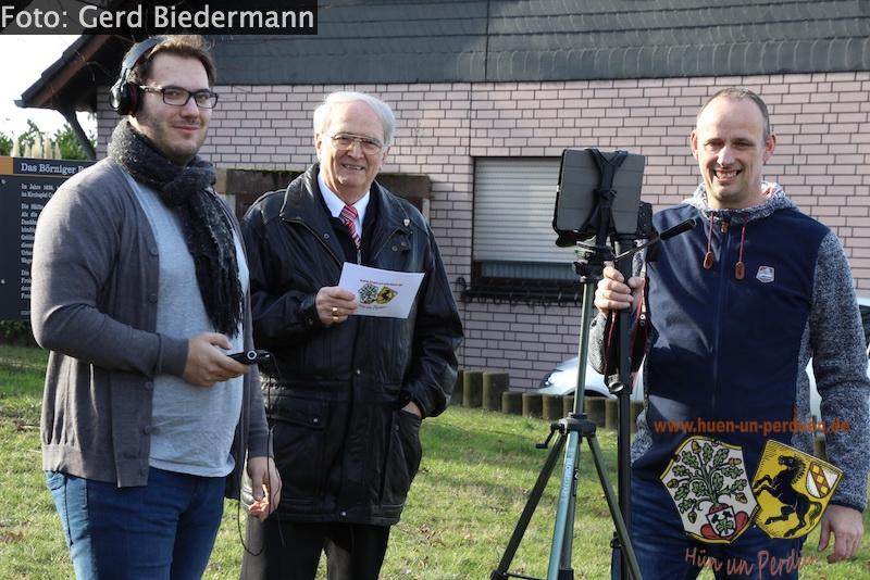 "Datei:Teamgruppenbild beim Videodreh ""Das Pestkeuz"".jpg"