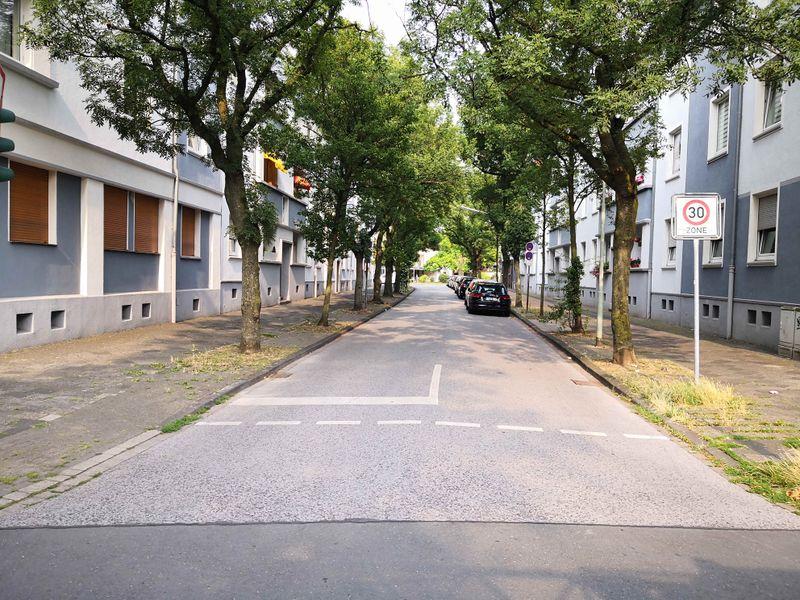 Datei:2019-Laurentiusstraße.jpg
