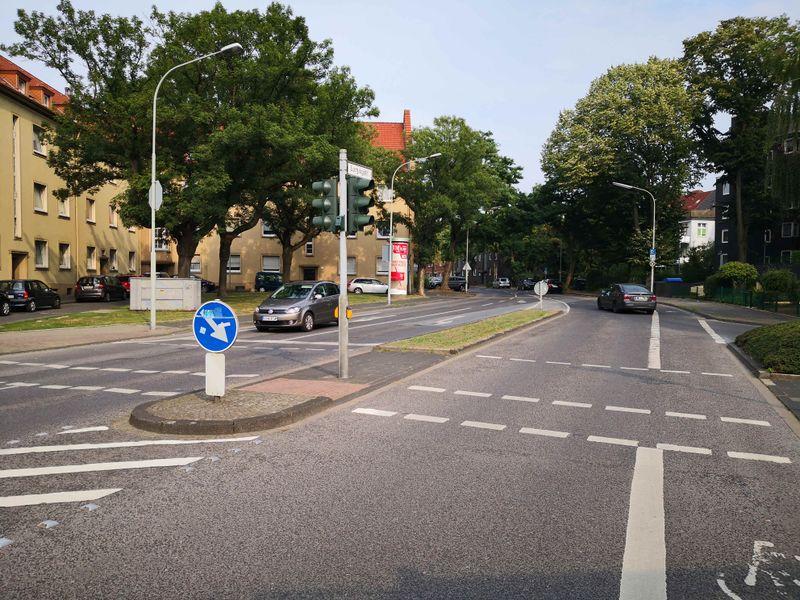 Datei:2019-Lortzingstraße.jpg