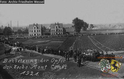 Beerdigung MC Kumpel 1921 Archiv Friedhelm Wessel.jpg