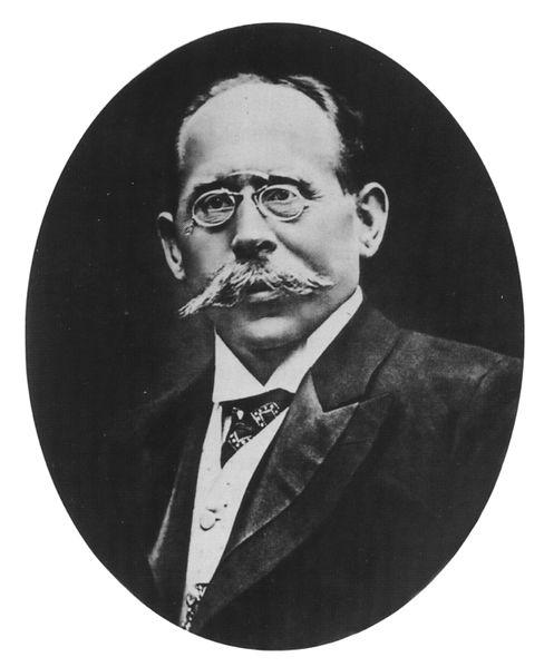 Datei:Carl Behrens um 1890.jpg