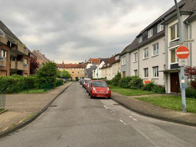 Hölderlinstraße 3 Thorsten Schmidt 20170507.jpg