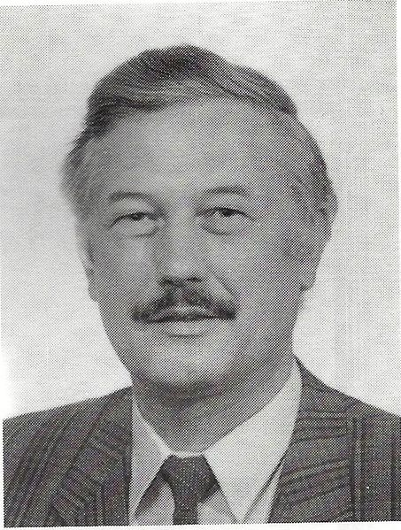 Datei:HansAlbertHülsmann, 1995.jpg