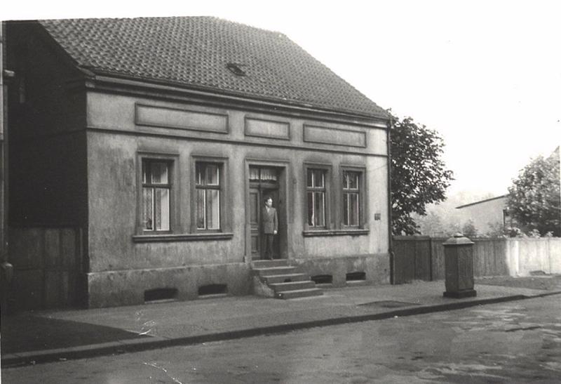 Datei:Haus von Berke 1955 Sammlung Liedtke.png