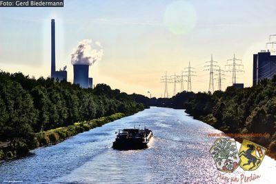 Kanal Kraftwerk 02 Gerd Biedermann 20150818.jpg
