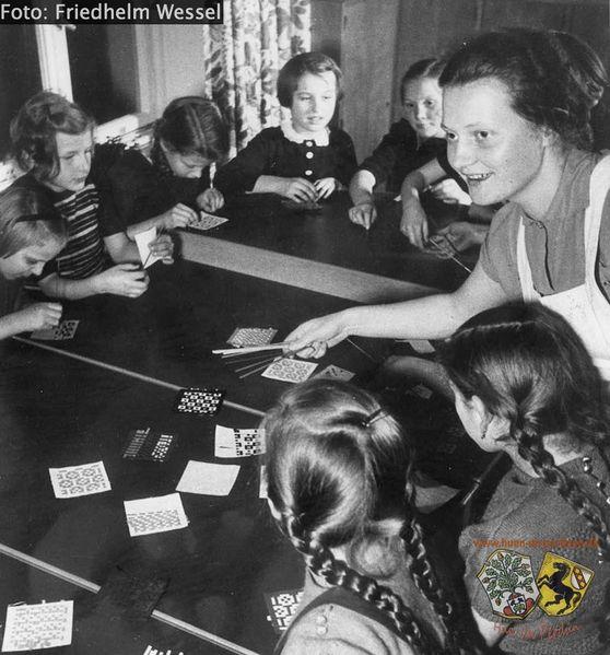 Datei:Kindergarten St Ursula Friedhelm Wessel.jpg