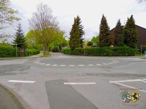 Kreisverkehr Albert-Einstein-Straße An der Ziegelei Thorsten Schmidt 20170501.jpg