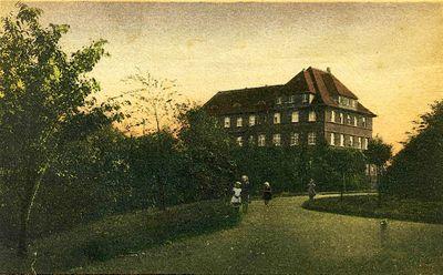 Ledigenheim-Vereinshaus St. Josef Postkarte 1920.jpg