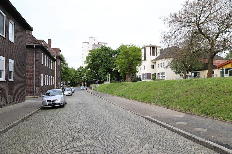 Datei:Lutherstrasse Gerd Biedermann 20170516.jpg