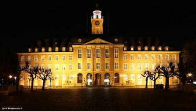 Rathaus bei Nacht Gerd Biedermann 20160224.jpg