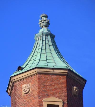 Rathausturm-gb-2015.jpg