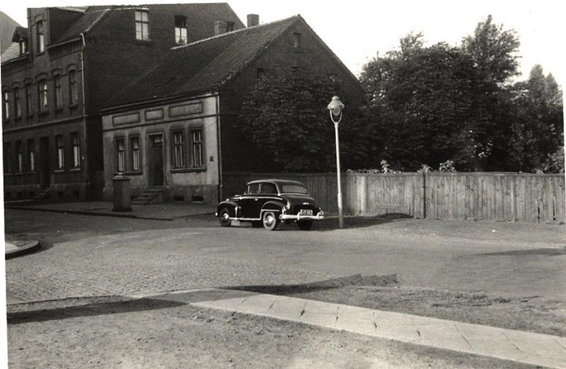 Datei:Schillerstr Sodinger 1955 Sammlung Liedtke.png