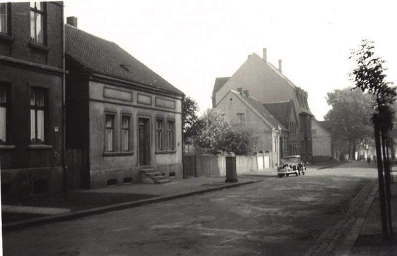 Datei:Schillerstraße 1955 Berke Sammlung Liedtke.png