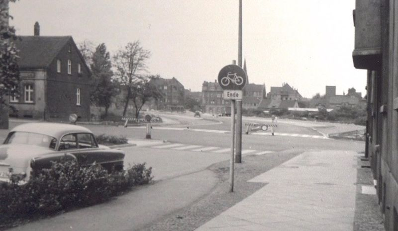 Datei:Sodinger Ecke Schiller Sammlung Walter Liedtke 19600717.jpg