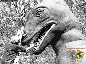 Traumlandpark Dino Friedhelm Wessel oJ.jpg