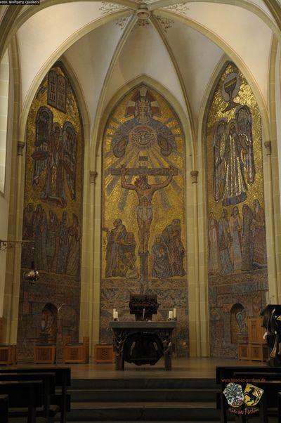Wandmosaik St Laurentius Kirche Wolfgang Quickels oJ.jpg